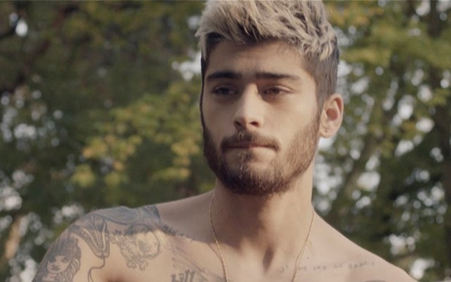 Zayn Malik Says the 1D Boys Are All Straight