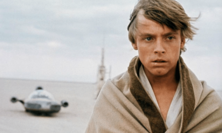 Star Wars actor Mark Hamill feels Luke Skywalker could be gay