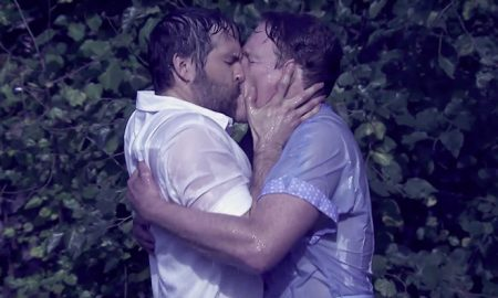 Ryan Reynolds Kissing Conan O'Brien