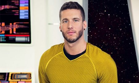 Captain Kirk in 'Star Trek' gay porn parody
