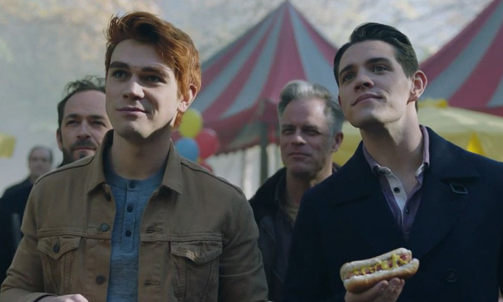 KJ Apa Wants to Be Part of a Gay Storyline on 'Riverdale'