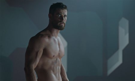 Thor shirtless in 'Thor: Ragnarok'